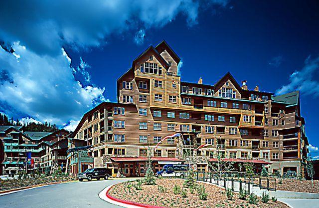 Zephyr Mountain Lodge, Winter Park Colorado